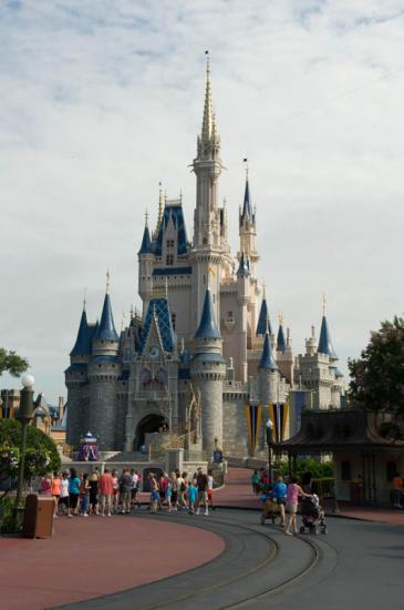 01 - Arrivée chez Mickey