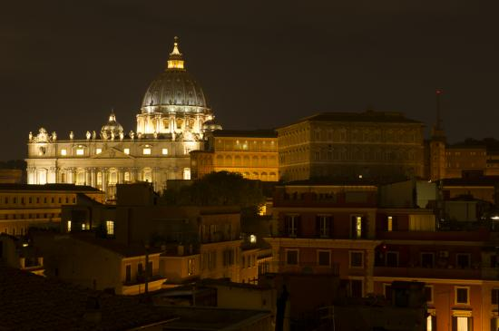 01 - Rome by night