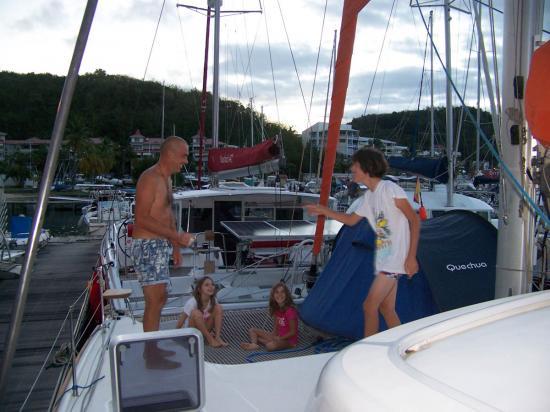 01 - Une tente sur un bateau, si c'est possible !