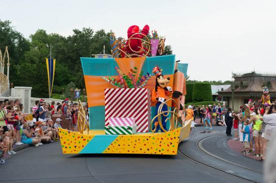 02 - Première Parade