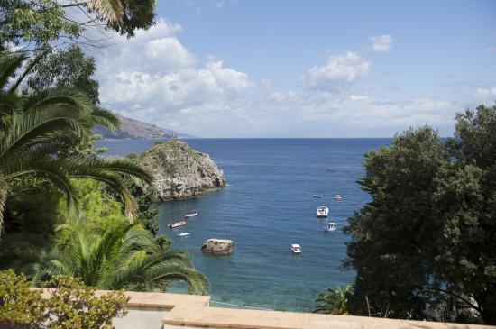 Au pied de Taormina