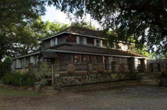 11 - Maison coloniale