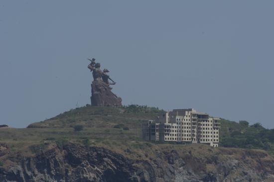 11 - Monument de la renaissance