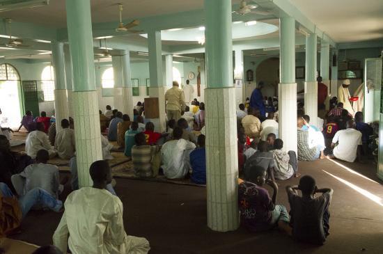 52 - Cérémonie à la Mosquée