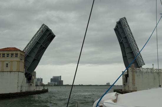 07 - Passage d'un pont ouvrant