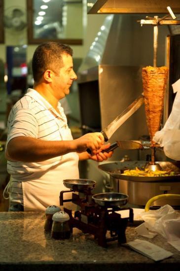Le cuisinier du restaurant