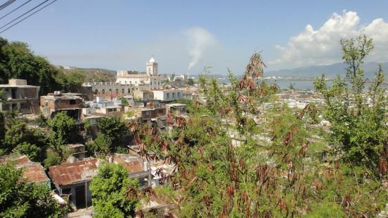 Vue des hauteurs de Santiago