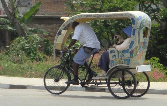 Un vélotaxi cubain
